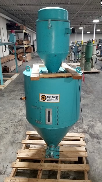PROCESS CONTROL Extruder Hopper with loader.