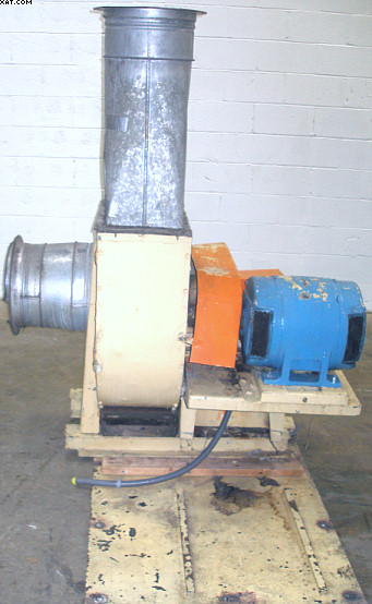 LUMMUS Model HF-156 stock fan,