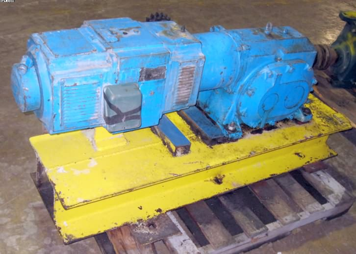 RELIANCE Motor with unknown gearbox,