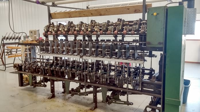 "WHITIN NW Spinning Frame, 32 spindles, 6"" ga, 4-1/2"" rings."