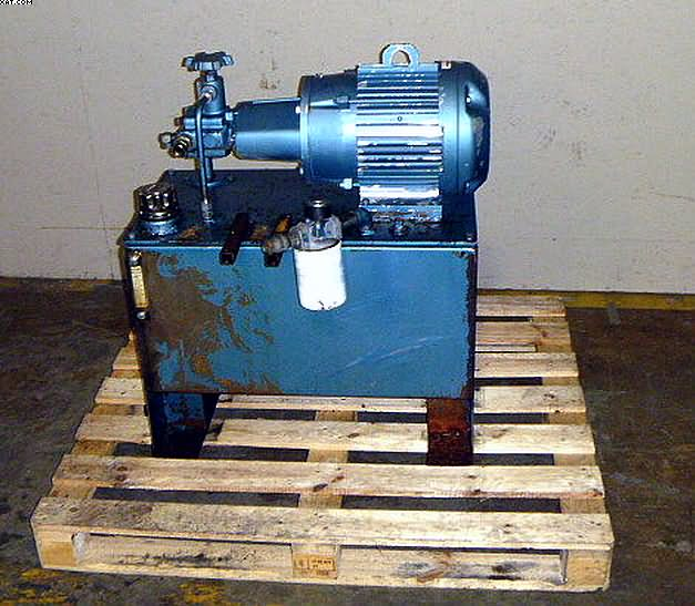 CONTINENTAL Hydraulic Pump, 7.5 HP,